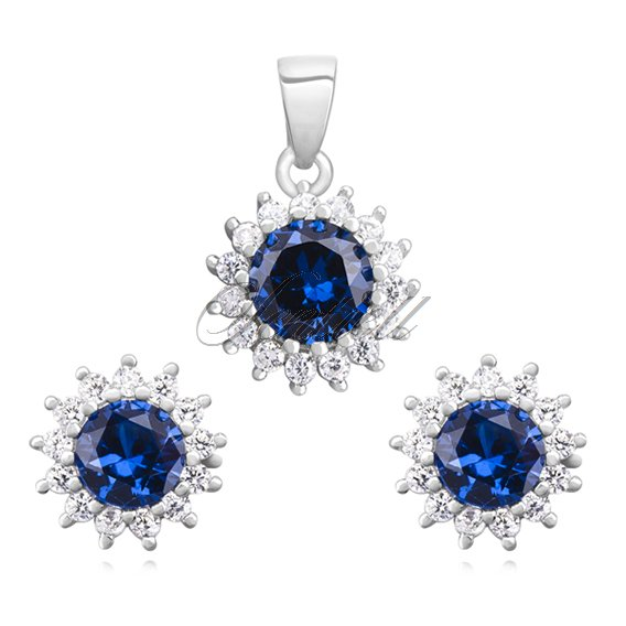 Silver (925) elegant jewelry set with sapphire zirconia