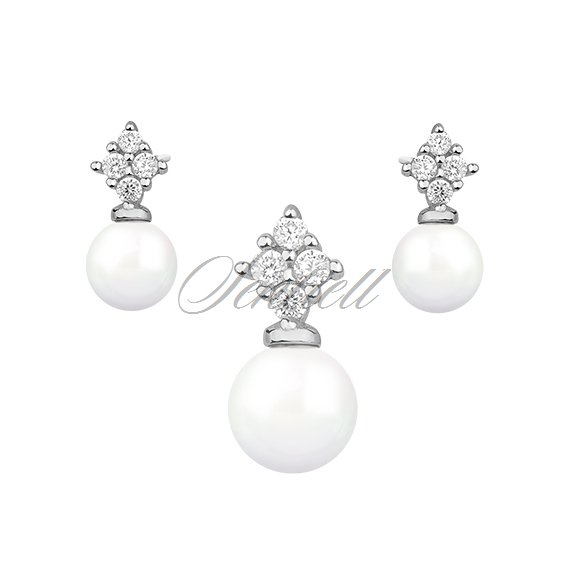Silver (925) fashionable jewelry set with pearls and zirconia