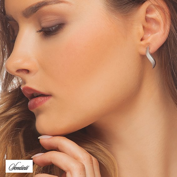 Silver (925) earrings satin