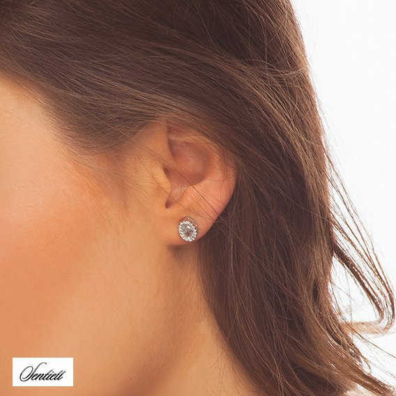 Silver (925) elegant earrings oval with zirconia