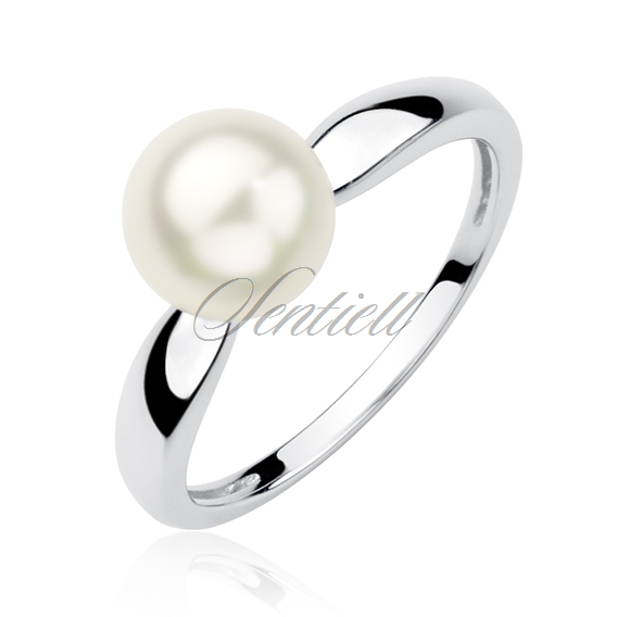 Silver (925) ring with pearl