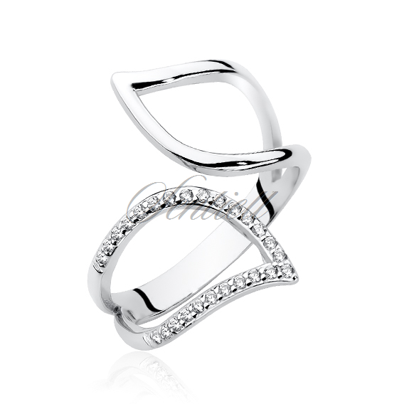 Silver (925) ring with zirconia